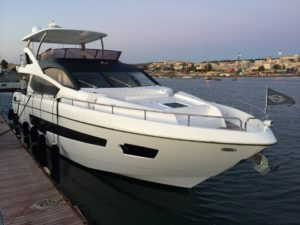 professional-yacht-delivery-2